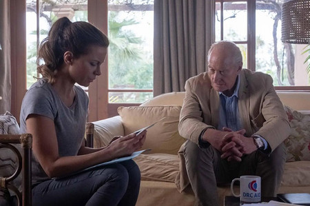 The Widow Amazon Kate Beckinsale Y Charles Dance