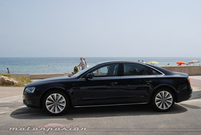 Tricomparativa de berlinas Premium híbridas: Audi A8 Hybrid