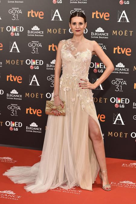Con pierna a lo Jolie