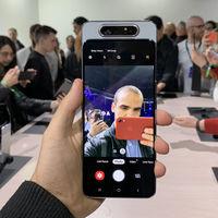 Samsung Galaxy A80, primeras impresiones: además de fotos, la cámara deslizante giratoria trae el diseño más futurista