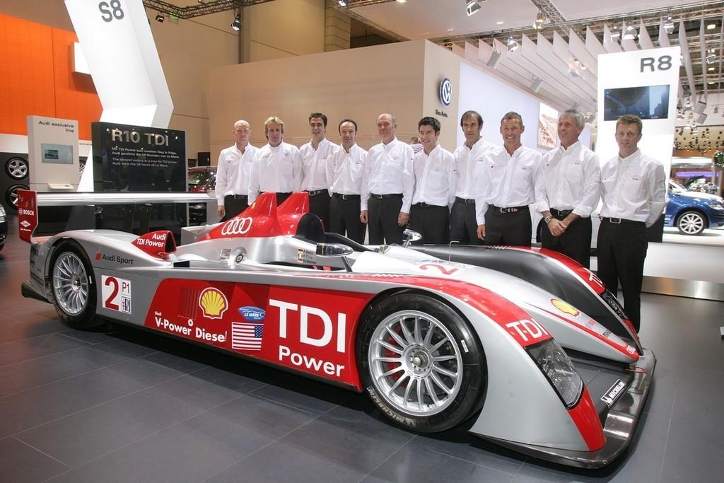 Equipo Audi Le Mans 2008 1 8