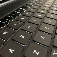 Cómo alternar entre el teclado de software y de hardware en nuestro iPad