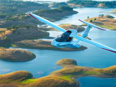El Icon A5 es el alucinante hidroavión con alas plegables que todos querríamos tener (y pilotar)
