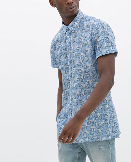 Nunca se tienen suficientes camisas: 7 más por las rebajas