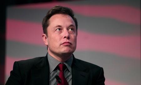 Trenes en superficie y túneles para los coches: la última polémica de Elon Musk en Twitter