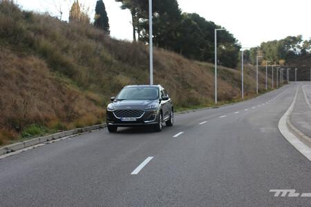Ford Kuga Fhev 2021 prueba dinámica
