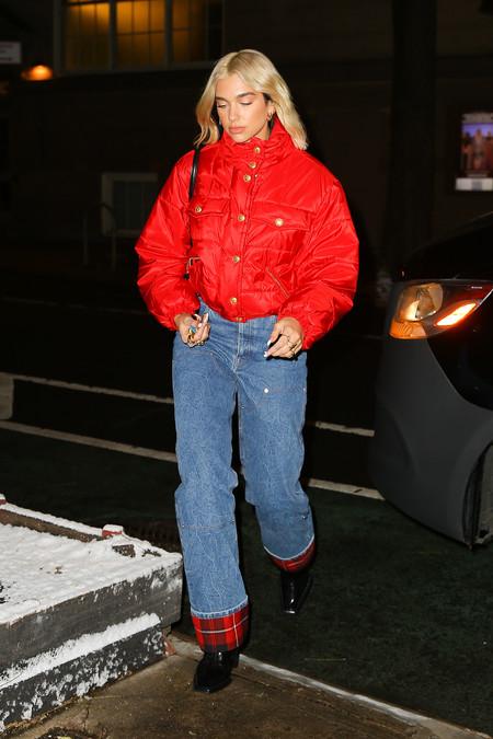 Hailey Bieber Dua Lipa Jeans 03