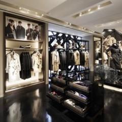 Foto 13 de 14 de la galería burberry-abre-de-nuevo-su-tienda-en-tokio en Trendencias
