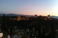 La Alhambra se conectará con Granada con un nuevo tren que recorrerá la ciudad