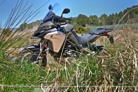 Descubrimos la novísima Ducati Multistrada 1200 Enduro, donde Ducati y offroad se dan la mano