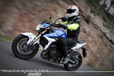 Categoría Super Naked en el IDM Superbike para el 2015