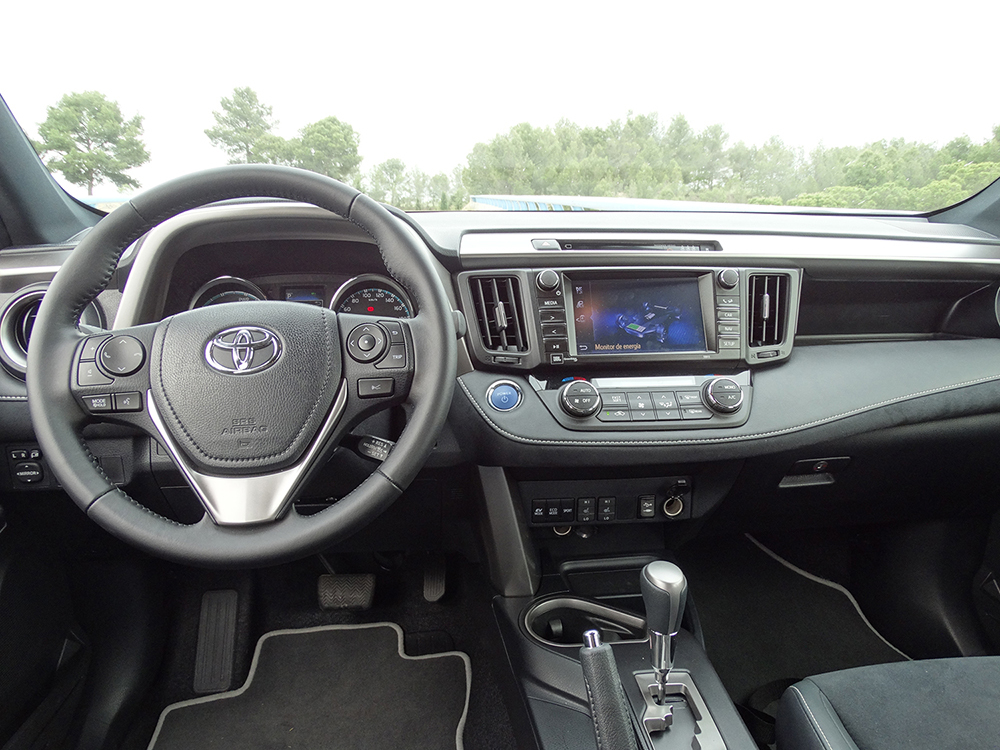 Foto de Prueba Toyota RAV4 hybrid: interiores coche (2/27)