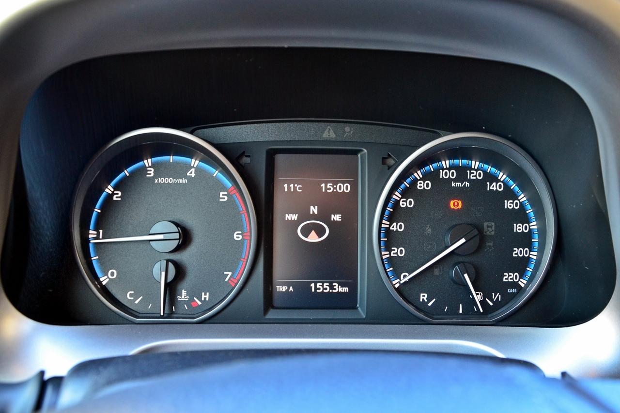 Foto de Toyota RAV4 150D Advance (57/75)