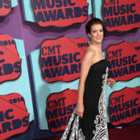 Kate Walsh CMT Music Awards 2014