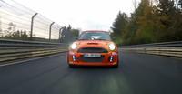 MINI John Cooper Works, rebajando el tiempo récord de tracción delantera en Nürburgring Nordschleife