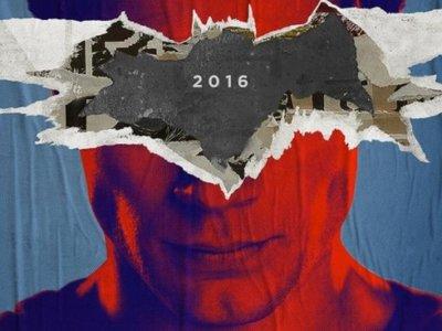 'Batman v Superman: El Amanecer de la Justicia', primeros carteles y nueva foto de Batman