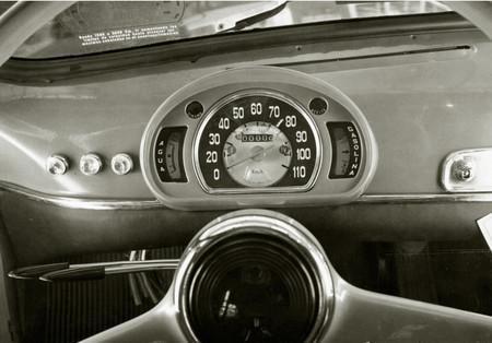 SEAT 600 cuadro velocímetro
