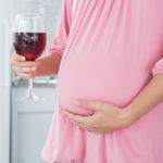 ¿Hay una cantidad segura de alcohol que se pueda beber en el embarazo?