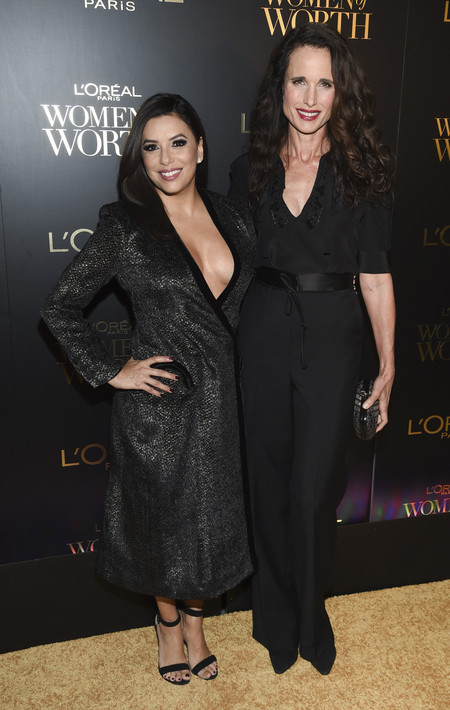 premios loreal women of worth red carpet look Andie Macdowell eva longoria