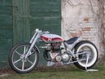 triumph-hot-rod