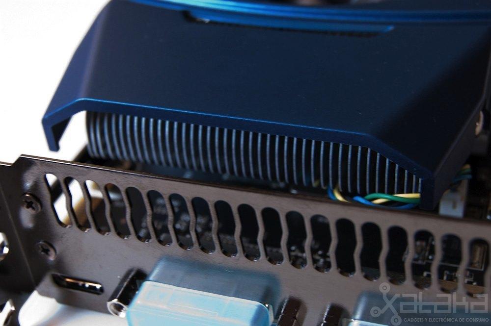 Foto de NVidia GTX 460, análisis (12/15)