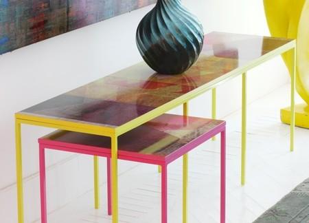 Lázaro Rosa Violán, María Lladó y Lorenzo Castillo juegan con los patterns aplicados a mesas de La Condesa 131