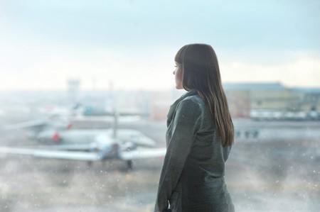 United Airlines prohibe subir a sus aviones a tres pasajeras con leggins y las redes reaccionan contra esta vuelta a tiempos pasados