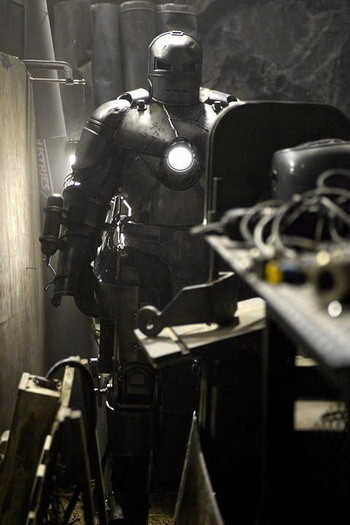 'Iron Man', imagen de la primera armadura