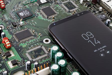El antiguo director creativo de Apple cree que la compañía puede quedar a la sombra de Samsung