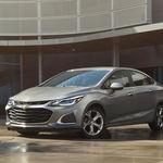 El Chevrolet Cruze 2019 cambia de piel para verse más fresco