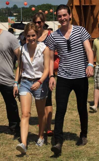 Las famosas en Glastonbury: Emma Watson, Sienna Miller y Alexa Chung todas en shorts vaqueros