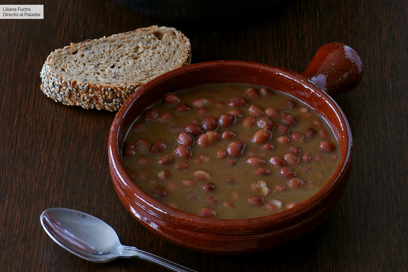 Caricos estofados o alubias rojas de Cantabria: receta montañesa de cuchara en olla rápida