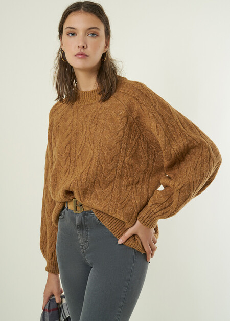 North Round Neck Cable Knit Jumper W21