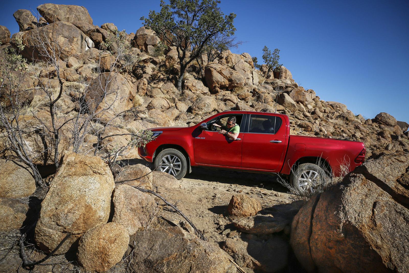Foto de Toyota Hilux 2016 Namibia (59/74)