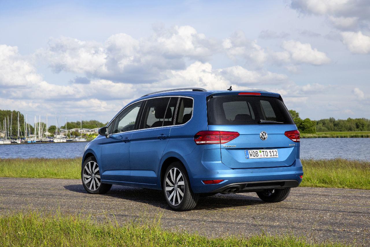 photos volkswagen touran 2015 image volkswagen touran 2015 2017 2018 best cars reviews. Black Bedroom Furniture Sets. Home Design Ideas