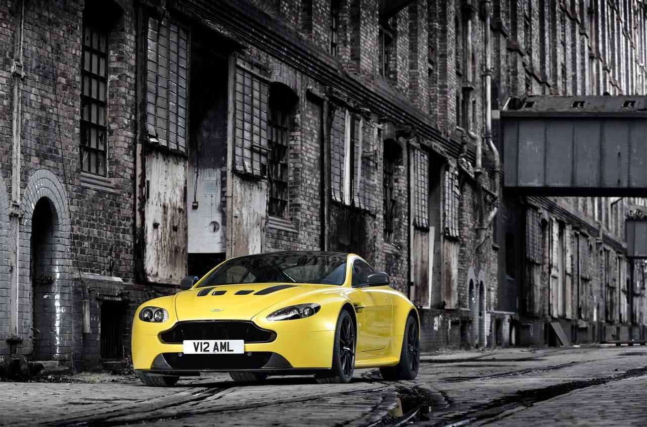 Foto de Aston Martin V12 Vantage S (1/34)