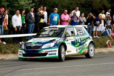 Alberto Hevia vuelve de vacaciones con una victoria en Ferrol