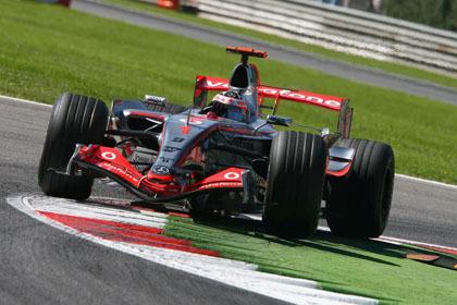 Una pole muy oportuna para Fernando Alonso