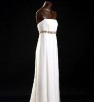 Adolfo Domínguez Costura apuesta por los vestidos de novia