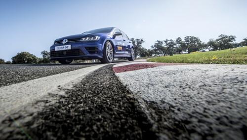 Escuela R de Volkswagen: aprende a pilotar en circuito, por un precio de derribo