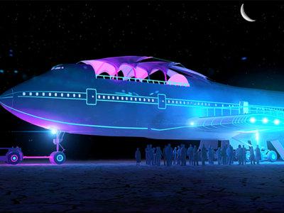 Así se transforma un avión Boeing 747 en la más grande instalación artística del mundo