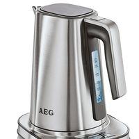 Por 65,98 euros tenemos el hervidor de agua AEG EWA7800 de 1,7 litros gracias a Amazon