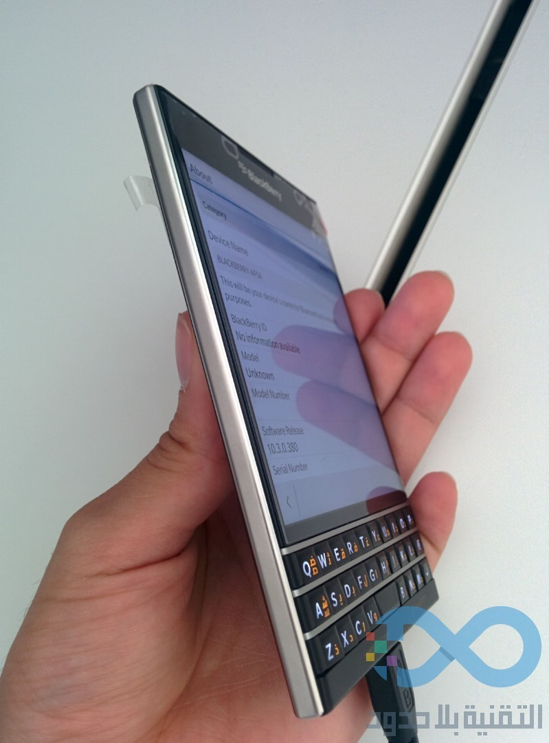Foto de BlackBerry Passport (3/9)