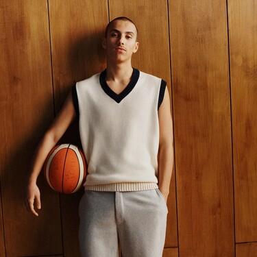 La gran tendencia de la primavera llega a Zara: los chándals en versión preppy