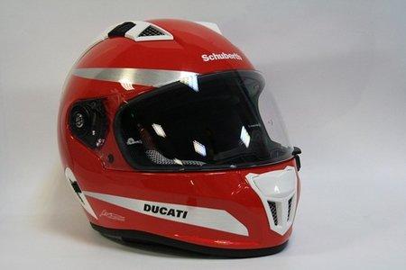Un Schuberth SR1 para Fernando Alonso por su cumple... ¡qué suerte tienen algunos!