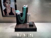 Yanes Young presenta Dancing Jewels, su nueva colección para el invierno del 2015