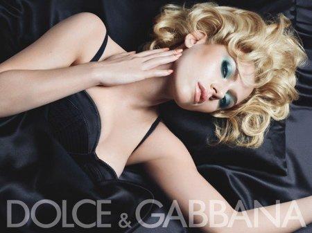 scarlett-johansson-dolce-gabbana-MAKE UP 2010/2011