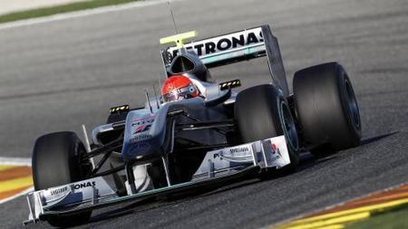 Más presentaciones el día en el que vuelven a rodar los Fórmula 1