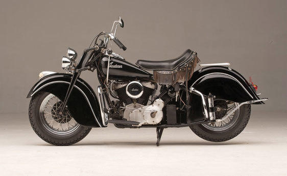 Foto de A subasta la motocicleta Indian Chief de 1946 que perteneció a Steve McQueen (7/19)
