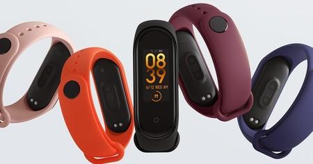 La Xiaomi Mi Band 5 enseña el NFC para pagos y un posible disparador remoto para la cámara del móvil en imágenes filtradas